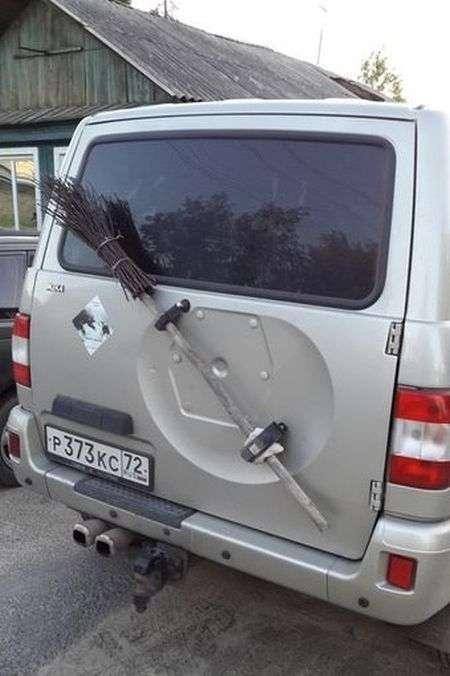 Веселий автомобільний гумор (40 фото)