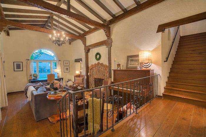 Будинок з серіалу «У всі тяжкі», у якому жив Джессі Пинкман, виставлений на продаж (11 фото)