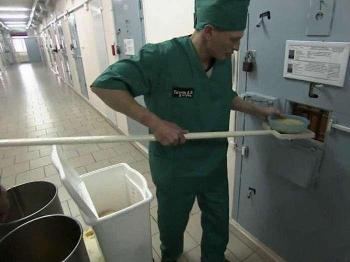 «Чорний дельфін» - вязниця для особливо небезпечних злочинців (18 фото)