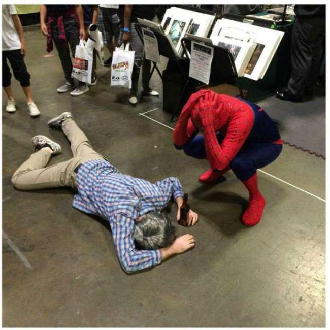 Хлопець відвідав Comic-Con (9 фото)