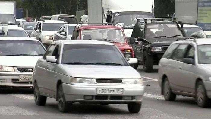 Машини-двійники на російських дорогах (3 фото)