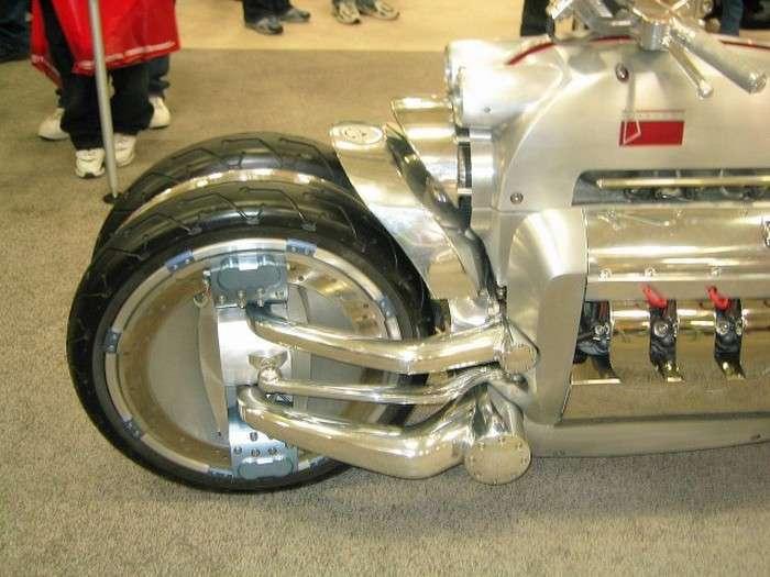Dodge Tomahawk - найпотужніший мотоцикл у світі (19 фото)