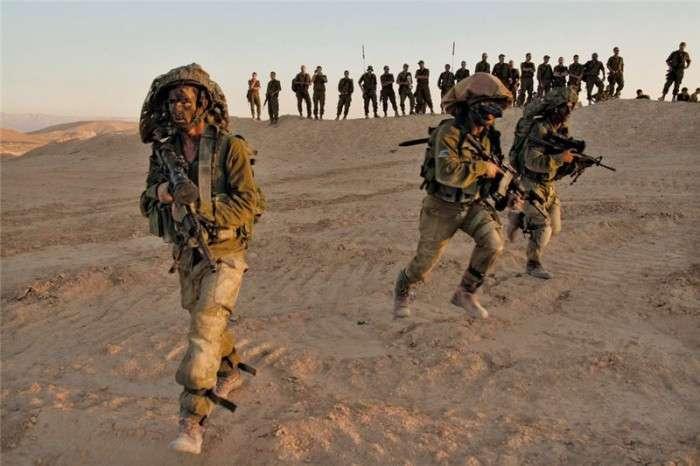 Для чого потрібен безформний «мішок» на голові ізраїльських військовослужбовців (4 фото)