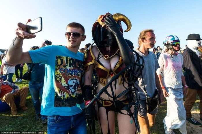 На фестивалі Alfa Future People в Нижньому Новгороді зібралися вітчизняні любителі косплея (21 фото)