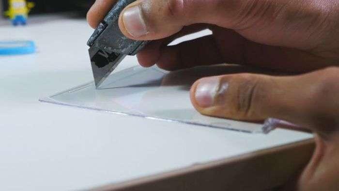 Створення голограми за допомогою смартфона і пластику від коробок для CD-дисків (5 фото + відео)