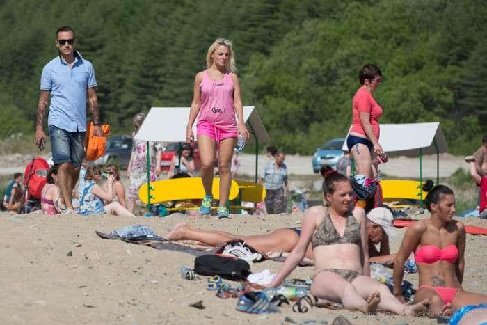 Жителі Магадана насолоджуються нетривалими теплими днями (10 фото)