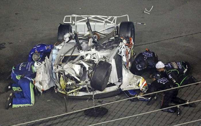 NASCAR Гонщик Остін Діллон потрапив у страшну аварію, відбувшись лише забоями (12 фото + відео)