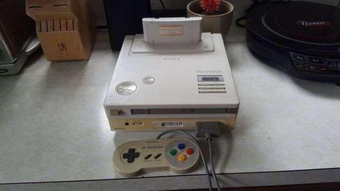 Знайдений рідкісний прототип ігрової консолі Sony Playstation на базі Nintendo (6 фото)