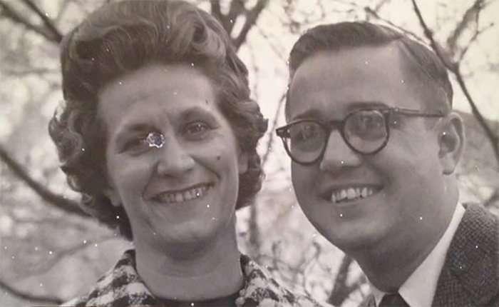 Літня американська пара померла в обіймах один одного з різницею в кілька хвилин (7 фото)