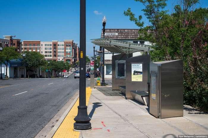 Автобусна зупинка вартістю 1 мільйон доларів (6 фото)