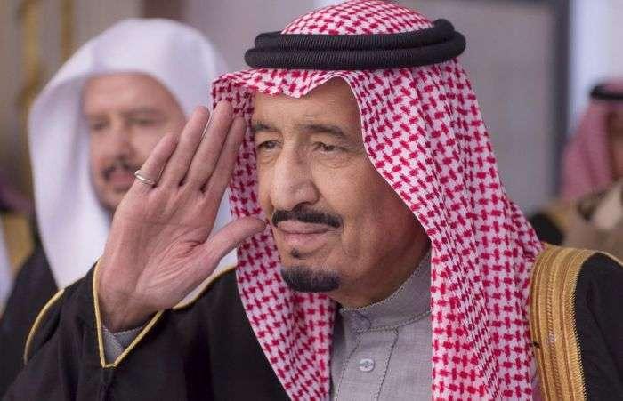 Щедрий подарунок громадян Саудівської Аравії від монарха (3 фото)
