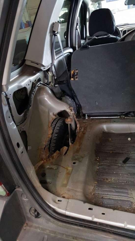 Найнеймовірніші поломки, з якими доводилося стикатися автомеханіком (11 фото)