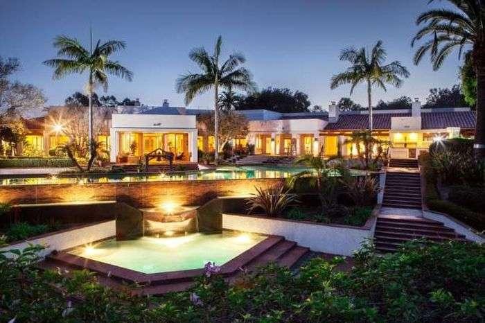 Маєток Глена Белла виставлено на продаж за 7,5 мільйонів доларів (23 фото)