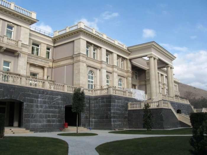 Порівняння літніх резиденцій Барака Обами і Володимира Путіна (16 фото)