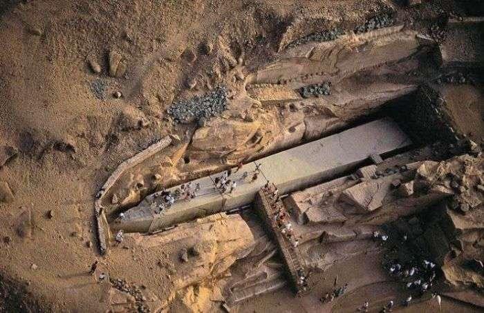 Загадкові археологічні знахідки (12 фото)