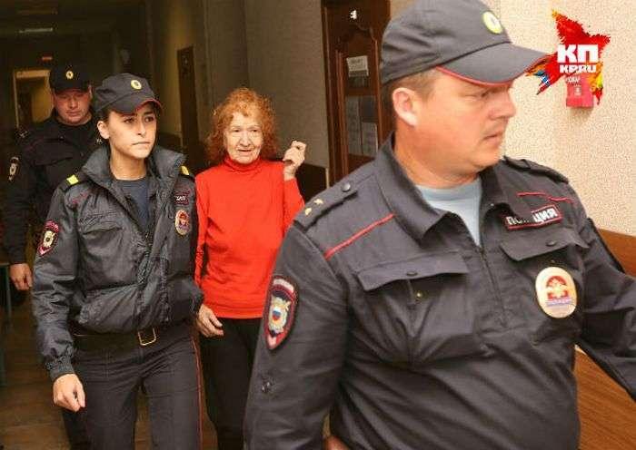 Пенсіонерка з Санкт-Петербурга виявилася серійним вбивцею (4 фото + відео)