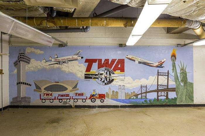 Дивовижний покинутий термінал нью-йоркського аеропорту імені Джона Кеннеді (22 фото)