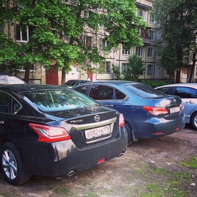 Як петербуржці викрадений автомобіль повертали (5 фото)