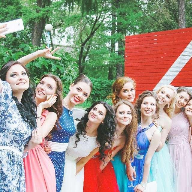 Випускний-2015 на фото з соцмереж (23 фото)