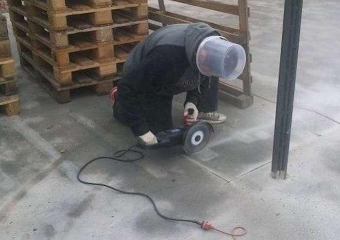 Люди, які не знають, що таке техніка безпеки (25 фото)