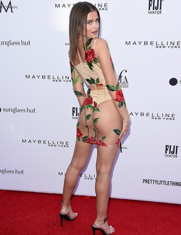 Модель Лекси Вуд появилась на красной дорожке в откровенном наряде Всячина