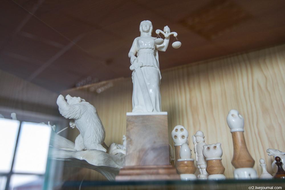 Тобольская фабрика художественных косторезных изделий Тюменская область