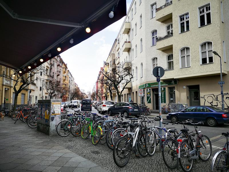 Один день в Берлине. Работа, школа, такса программист
