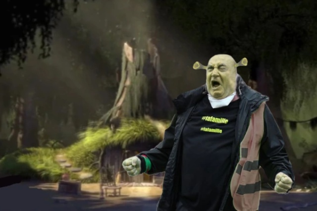 Фотожабы на фото «орущий мужчина с протестов жёлтых жилетов во Франции». МиР