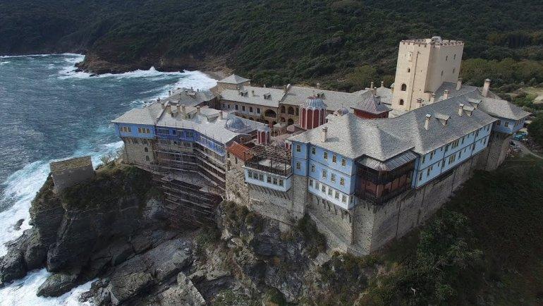 Гора Афон в Греции, на которую не пускают женщин и самок животных путеествия, Путешествие и отдых