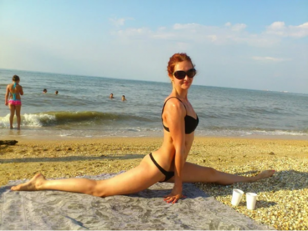 Когда девушки на пляжных фото явно переигрывают Интересное
