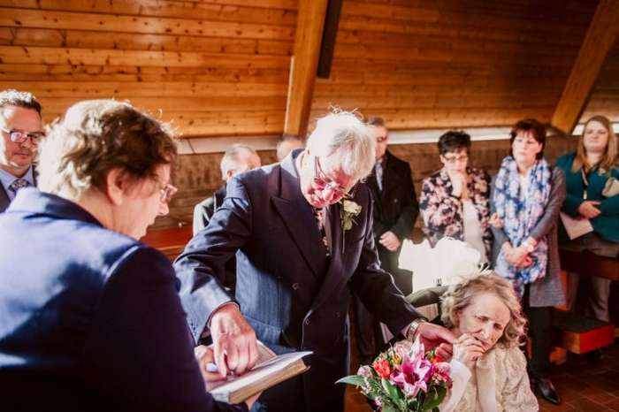 72-летняя невеста согласилась выйти замуж после 42 предложений Интересное