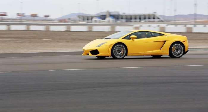 При сборке копии Lamborghini пенсионер использовал детали старых машин авто