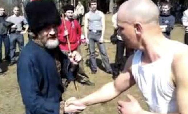 Казак уделал ММА-бойца борьбой на палке казак