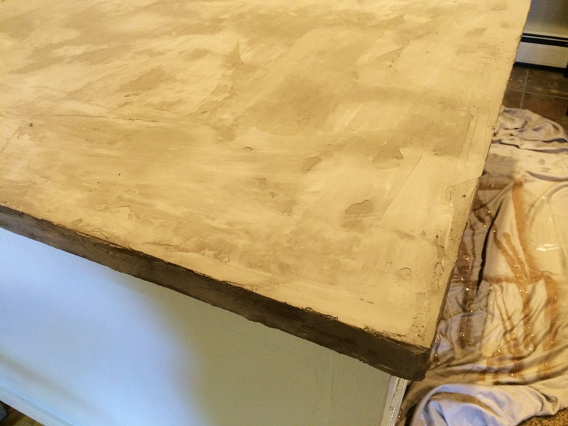 Обновляем старый стол, используя бетон бетон