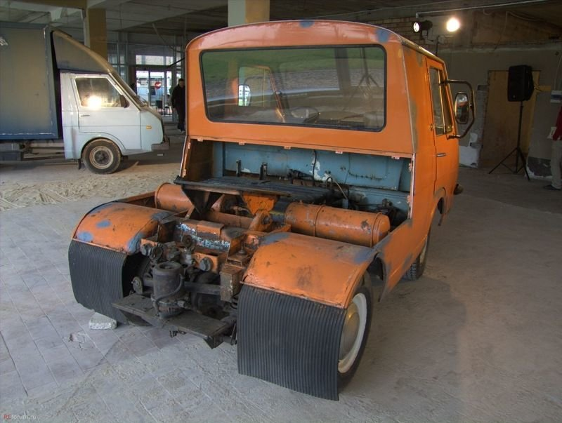 Найден уникальный пассажирский автопоезд РАФ, который обслуживал Олимпиаду 80