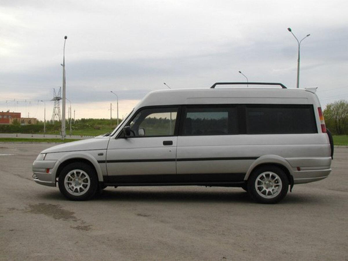 Странный универсал, созданный на базе ВАЗ-2110, удалось продать за 700 000 рублей Обзоры