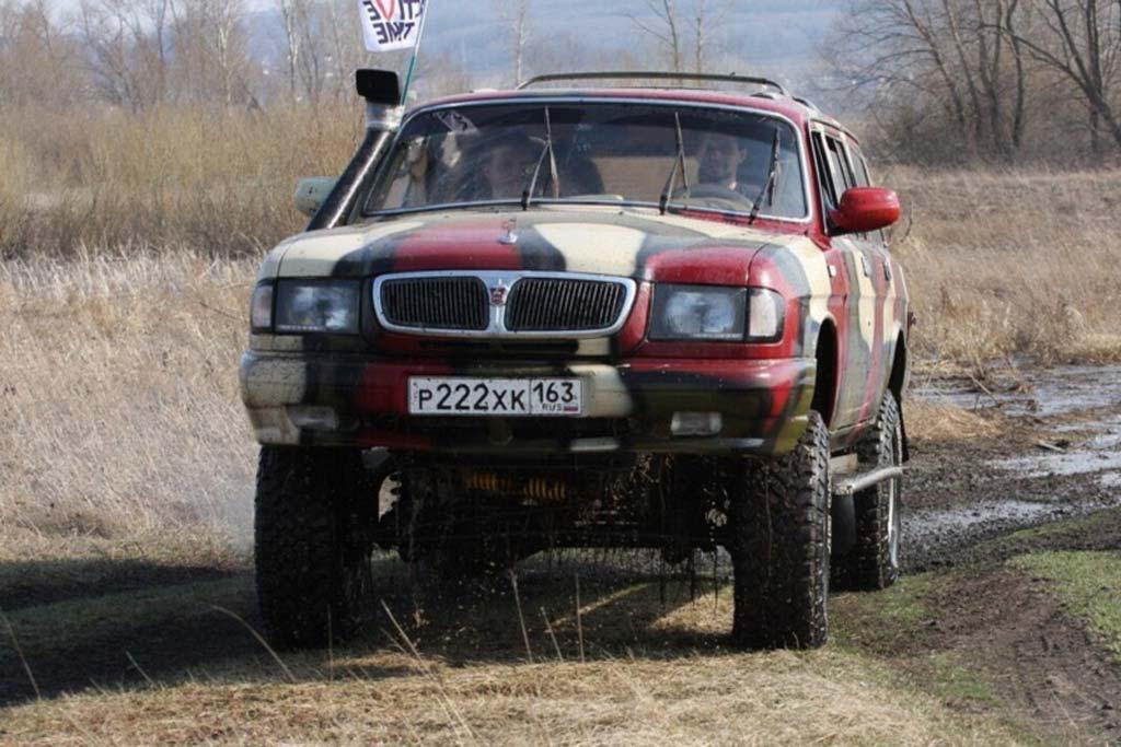 Крузак отдыхает. В России стали выпускать удивительный внедорожник автомобили