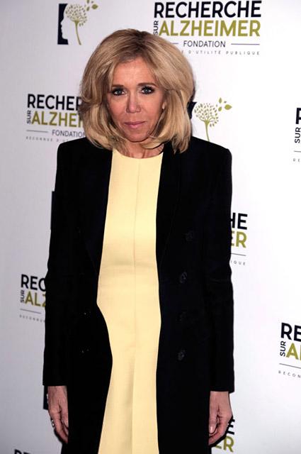 Брижит Макрон на благотворительном вечере в Париже Звездный стиль