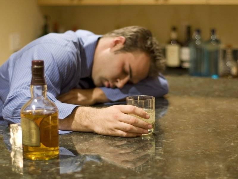 Почему некоторые женщины зависимы от пьющих мужей алкоголизм